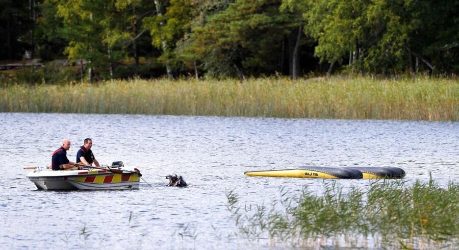 Helikopteren forulykkede i søen Drängsjön, der ligger ved Åkersberga lidt nord for Stockholm.