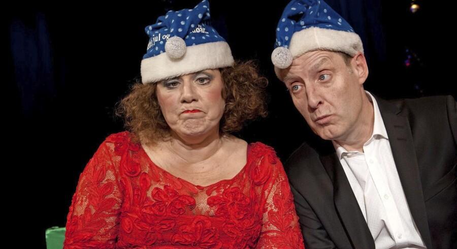 Lone Røddbroe og Jacob Morild i årets julecabaret på teaterbåden Liva. Foto: Brita Fogsgaard