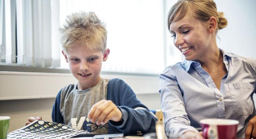 9-årig Gustav og hans forældre Jesper og Susse Bangild er til Mind My Mind træning hos PPR-medarbejderen Cecilie Helweg. Sammen får de redskaber til at få bugt med Gustavs angst