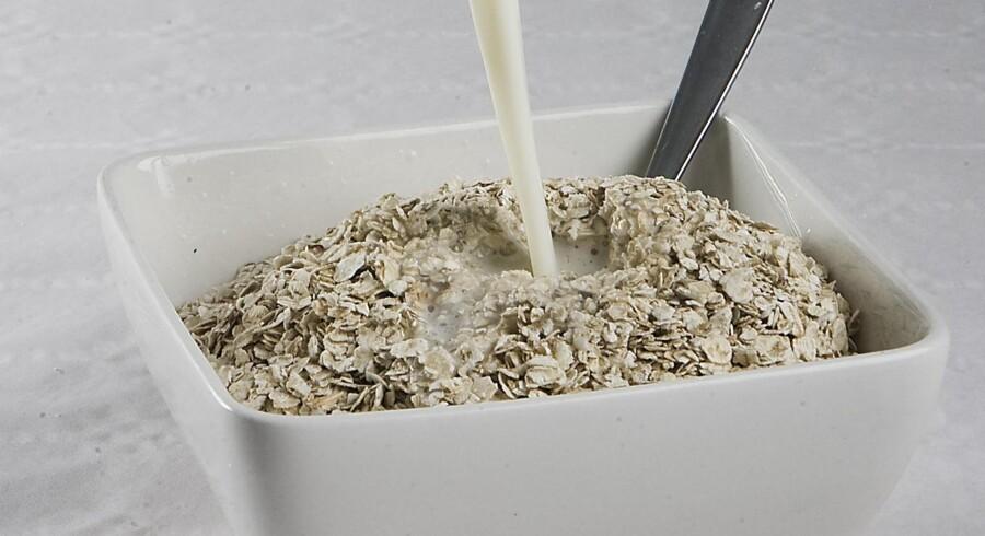 Havregryn er normalt en sund start på dagen, men nu advarer Fødevarestyrelsen om, at der er fundet svampegift i et parti havregrynfra producenten Dalby Mølleden 01-12-2011.