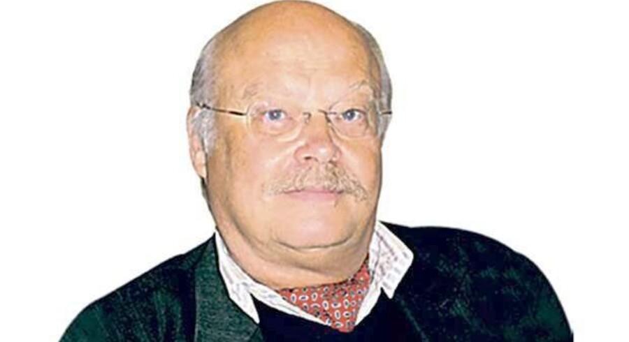 Sven Hakon Rossel, Professor i skandinavisk litteratur, Wiens Universitet