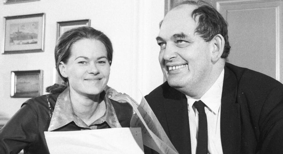 Kirsten Jacobsen ses her med Mogens Glistrup.