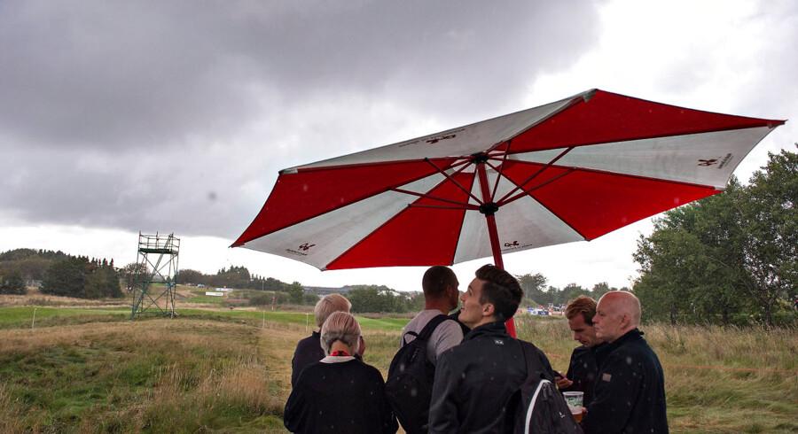 Made in Denmark , Golf , European Tour , Himmerlands Golf & Spa.: 2. Runde : Tordenvejr afbryder golfturneringen midt eftermiddag fredag. (Foto: Henning Bagger/Scanpix 2014)