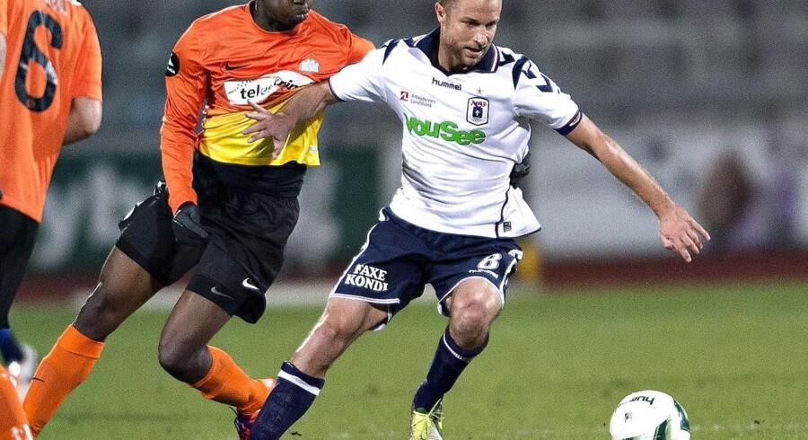 Hjalte Nørregaard i aktion for AGF. Nu skal han spille for Vendsyssel FF
