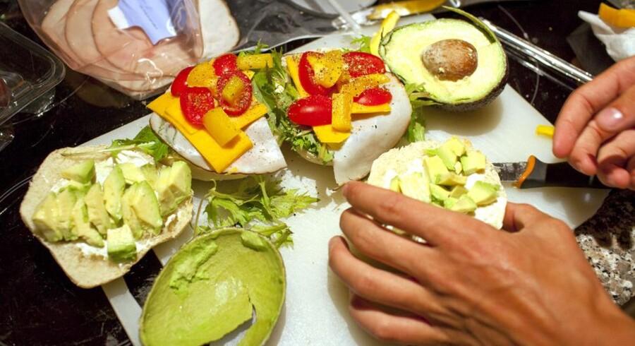 Forældre vil hellere smøre sunde madpakker til ungerne selv, for de mener kvaliteten af maden, der serveres, i daginstitutionerne er for ringe.