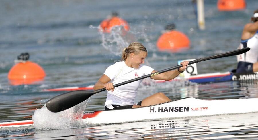 Henriette Engel og makkeren Emma Jørgensen vandt lørdag guld i toerkajak i Moskva.