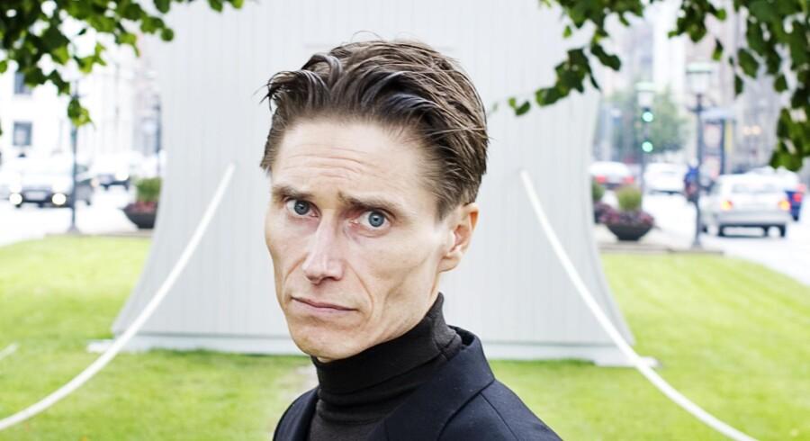 Kunstneren Das Beckwerk er sur over, at København Kommune ikke vil lade en voksfigur af ham selv ligge i jorden på Assistens Kirkegård.