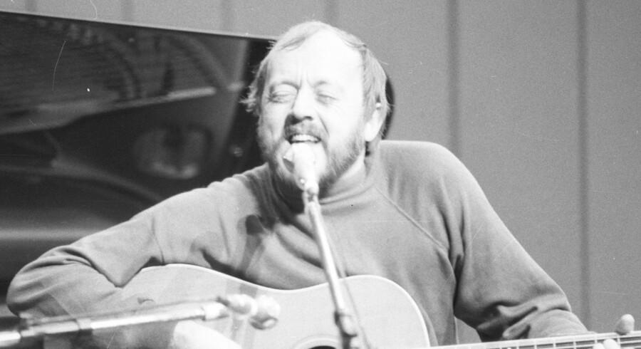 Povl Dissing har fundet tilbage til nogle af de sange, han slog igennem med tilbage i 1960erne. Og det gør han godt, ifølge Berlingskes anmelder.