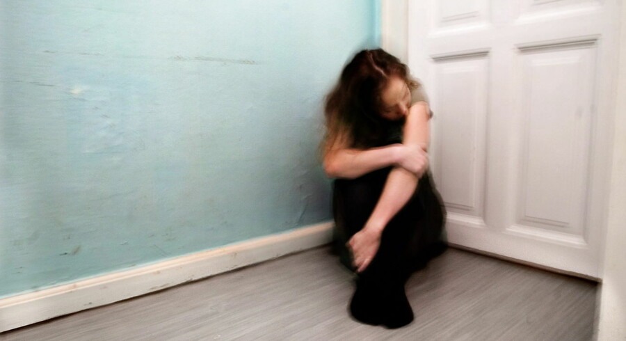 En 20-årig kvinde blev natten til lørdag udsat for voldtægt i nattelivet i Marielyst på Falster. Den formodede gerningsmand, en 28-årig, er anholdt og forventes fremstillet i grundlovsforhør senere i dag. (Modelfoto)