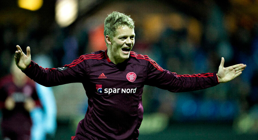Kasper Kusk er kun et bestået lægetjek fra et skifte til hollandske Twente