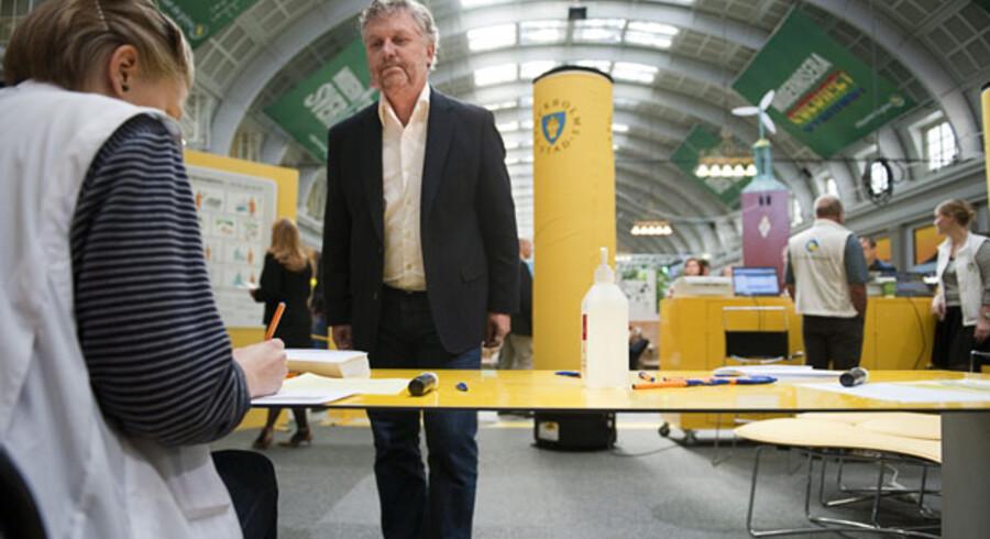 Miljöpartiets talsmand Peter Eriksson holdt valgtale på Stockholms hovedbanegård, Centralstationen, og benyttede lejligheden til at afgive sin stemme.