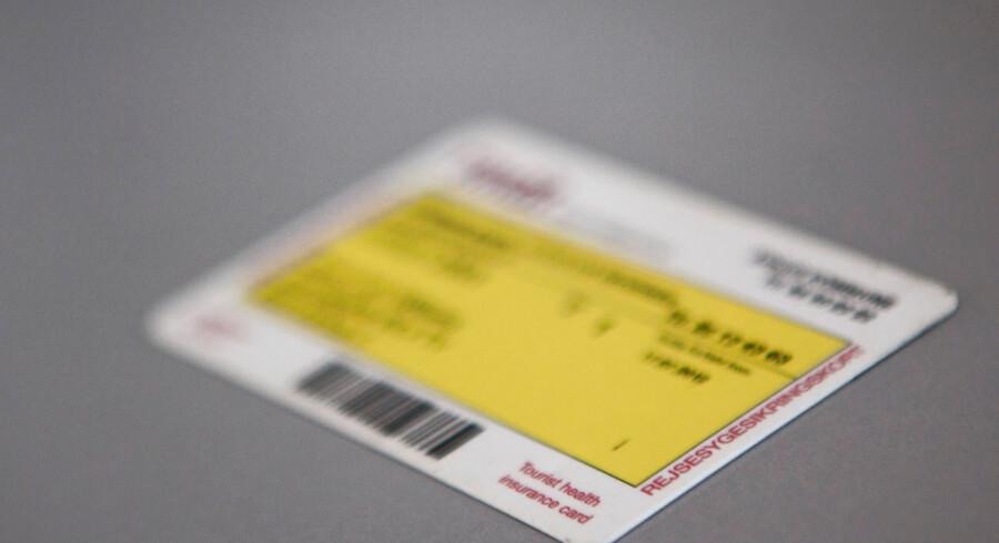 Snart skal du udskifte det lille, gule sygesikringskort i din pung med et nyt.