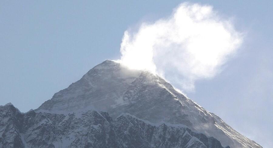 Bjergbestiger-legendes aske ikke velkommen på Everest