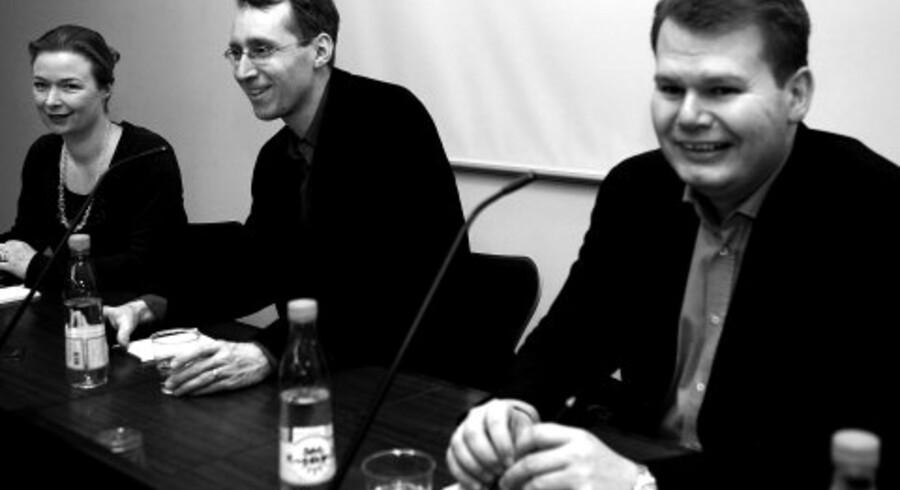 Fra venstre: Forfatterne Helle Helle, Tom Buk-Swienty og Steen Andersen. Foto: Erik Refner<br>