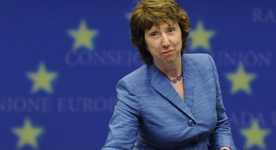 EUs nye »udenrigsminister«, britiske Catherine Ashton, ankommer her til pressekonferencen efter et EU-udenrigsministermøde i Bruxelles sidste mandag.