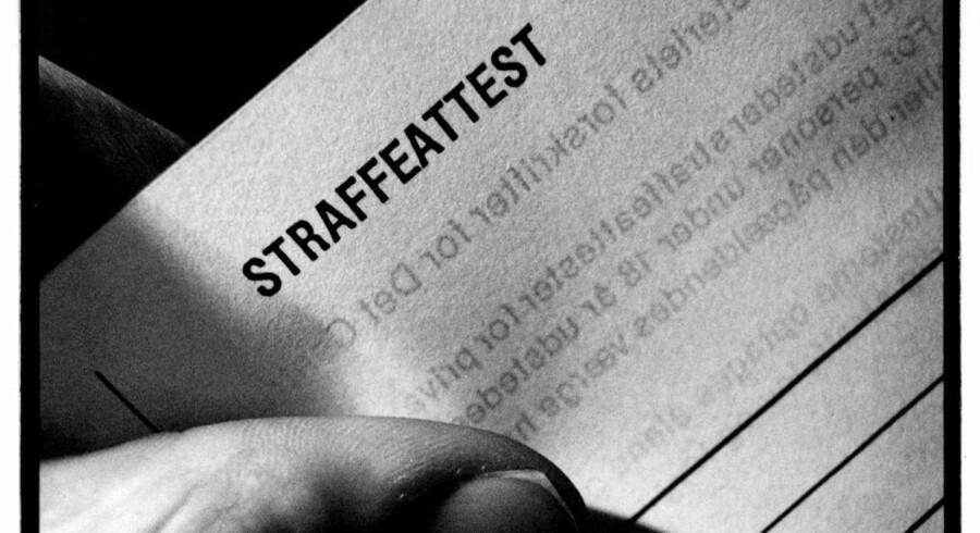 De Konservatives forslag om, at unge kan slippe med ren strafattest kan også omfatte voldsdomme.