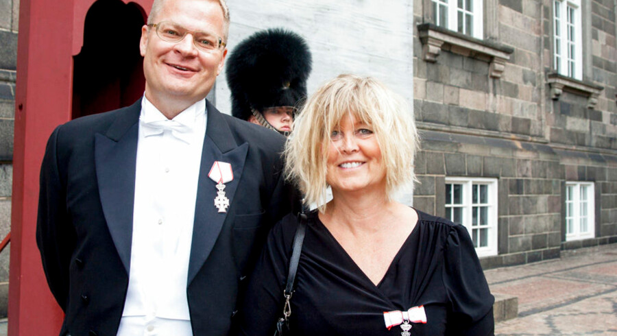 Udviklingschef i Rigspolitiet Rene Holleufer fulgtes til audiens med sin kollega, Bettina Jensen, der er afdelingschef samme sted. De takkede begge for Ridderkorset.