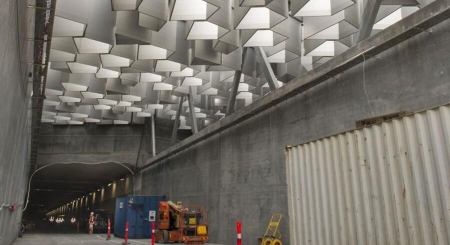 Byggeriet af den firsporede motorvej, der lige nu deler politikere på Københavns rådhus, er i fuld gang.