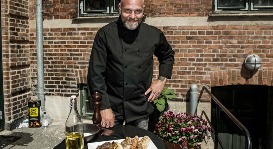 Den Skaldede Kok er glødende grill-entusiast og en af Danmarks førende grill-kokke.