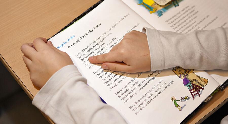 ARKIVFOTO 2011 af læsning i folkeskolen.