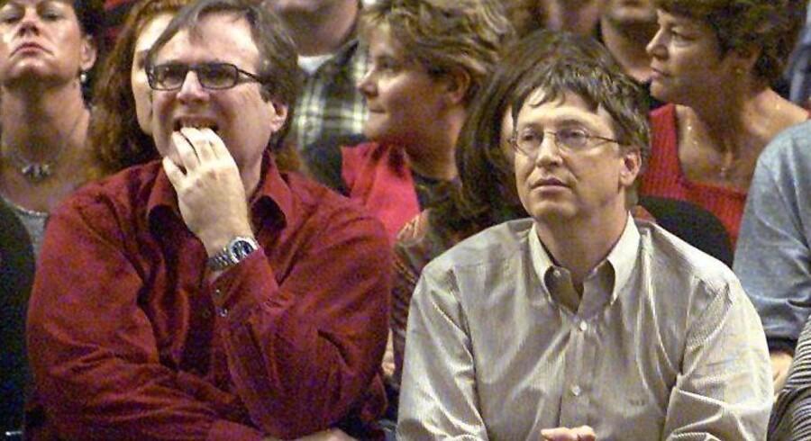 To af Microsofts stiftere, Bill Gates (th) og Paul Allen (tv) har foræret mange af deres milliarder til humanitære formål.