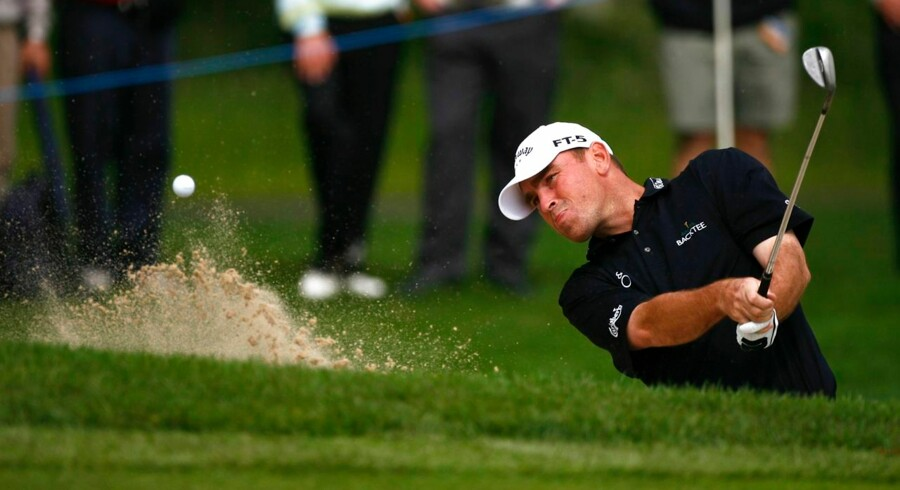 Danske Thomas Bjørn leverede en flot tredje runde på Wentworth-banen og ligger fortsat nummer et før søndagens sidste runde.