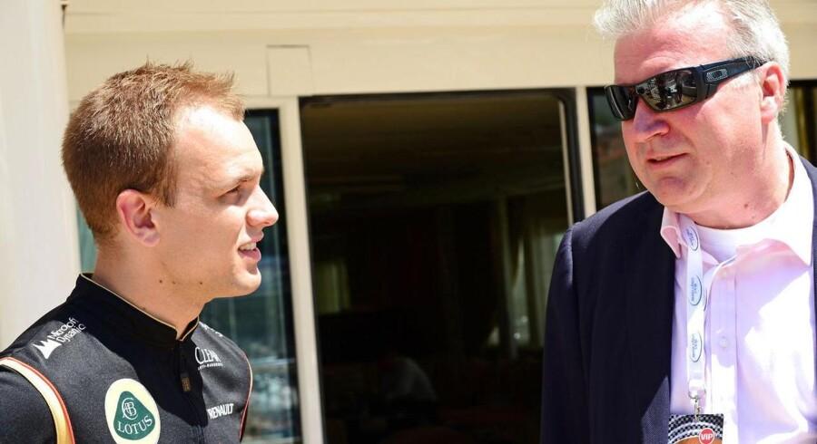 Direktøren for Saxo Bank, Lars Seier Christensen (th), vil arbejde for at få den danske racerkører Marco Sørensen (tv) ind i Formel 1.