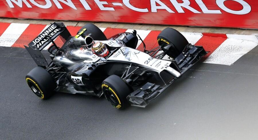 Johnie Walker har fået en fremtrædende plads på Kevin Magnussen racer i Monaco.