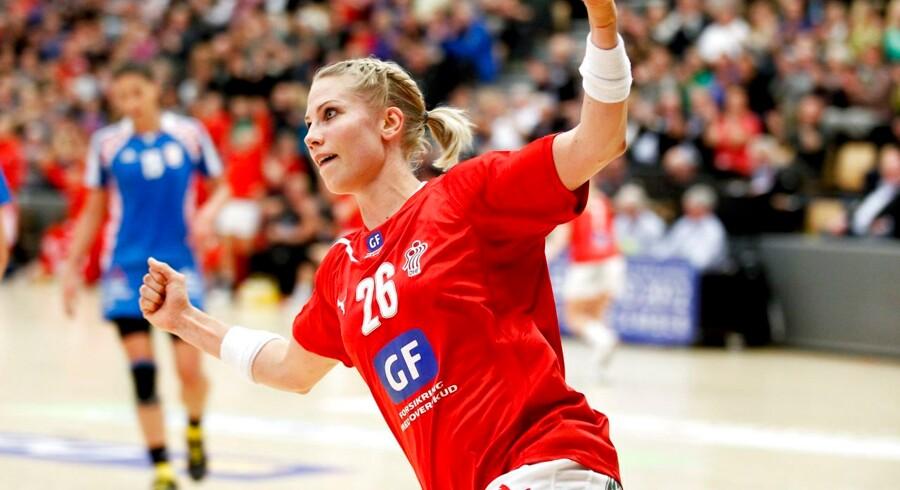 Louise Svalastog er tvivlsom deltager, når hendes klub FCM Håndbold onsdag aften spiller det andet og afgørende DM-finaleopgør mod Viborg HK.