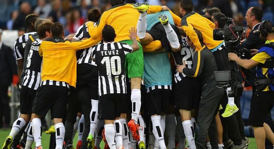 Juventus snupper pointrekorden fra Inter med 99 point. På søndag kan den udvides til 102, når Juventus møder Cagliari.