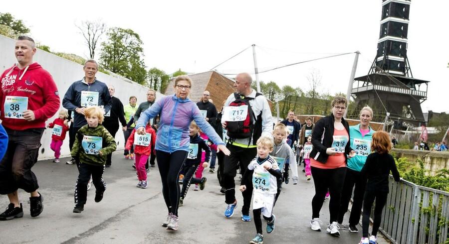 Flere hundrede børn deltog søndag i BT's børneløb gennem Københavns Zoo. Ruten på 2 kilometer blev for nogles vedkommende gennemført sammen med mor eller far.