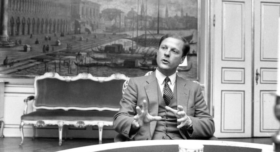 ARKIVFOTO. Bernt Johan Collet, forsvarsminister, fotograferet i 1987.