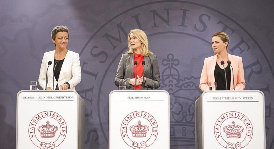 Statsminister Helle Thorning-Schmidt (S), økonomi- og indenrigsminister Margrethe Vestager (R) og beskæftigelsesminister Mette Frederiksen (S).