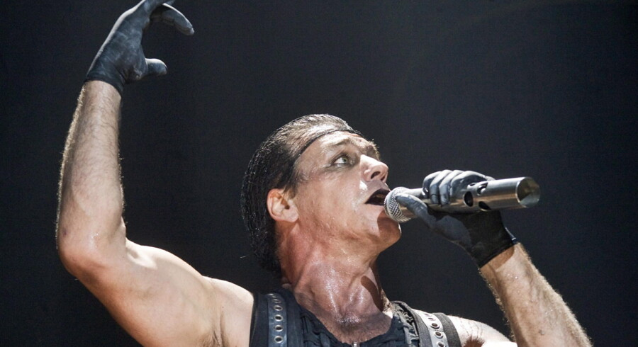 epa02065784 A picture dated 04 March 2010 shows German singer Till Lindemann of the band Rammstein performing during a concert in Riga, Latvia. The concert was part of the band's European tour.  EPA/STR LATVIA OUT/LITHUANIA OUT/ESTONIA OUT