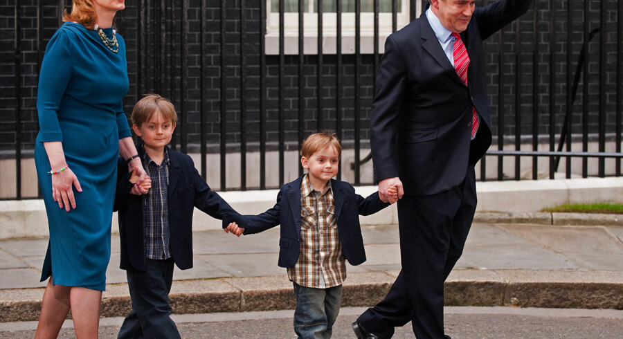 Brown forlader Downing Street 10