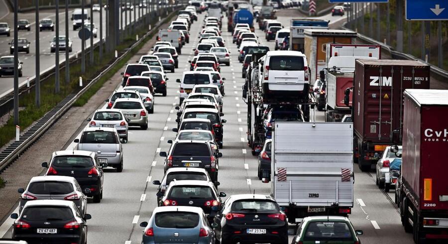 Det har vist sig at være en succes for bilisterne, at de i myldretiden bruger muligheden for at køre i nødsporet.