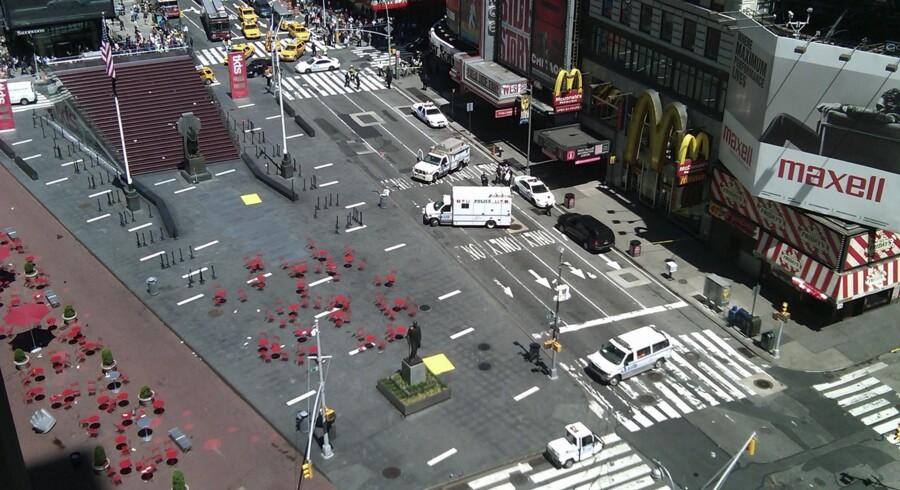 Times Square er evakueret efter bombefrygt