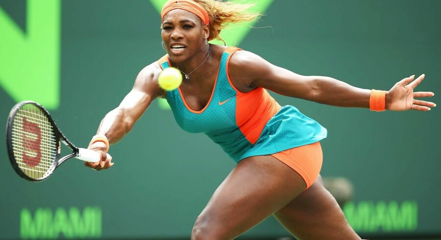 Den ellers så suveræne Serena Williams taber ikke mange i løbet af et år, men onsdag måtte hun sensationelt forlade banen som taber mod verdens nummer 78.