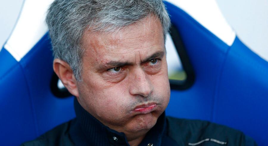 Jose Mourinho vil hente offensiv forstærkning i sommerpausen. Til gengæld er han godt tilfreds med sine forsvarere.