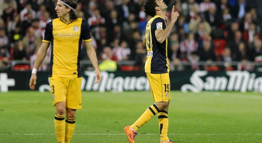 Diego Costa jubler over sit mål til 1-1.