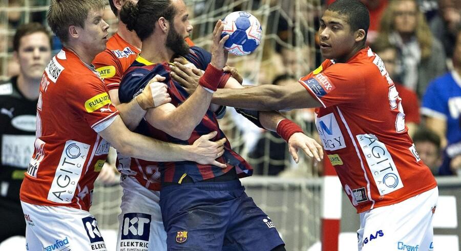 Jesper Nøddesbo og resten af Barcelona var for stor en mundfuld for Aalborg Håndbold.