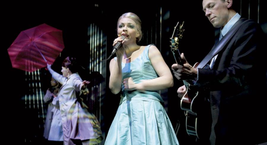 Trine Pallesen spiller Grethe Ingmann, Tom Jensen hendes ægtemand, den vege charmør Jørgen Ingmann, i Tivolis musikforestilling om refrænsangerparret.