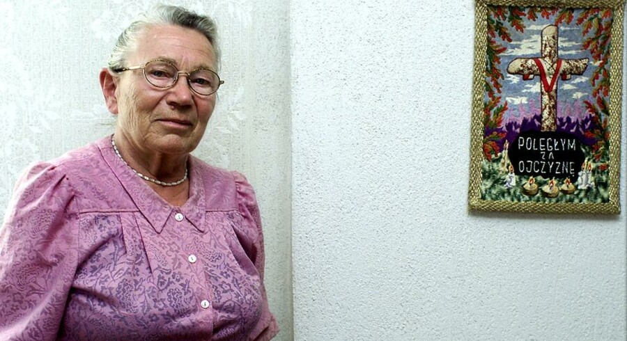 Walentynowicz i sit hjem i Gdansk, fotograferet under interview i 2002. Foto: Claus Bech