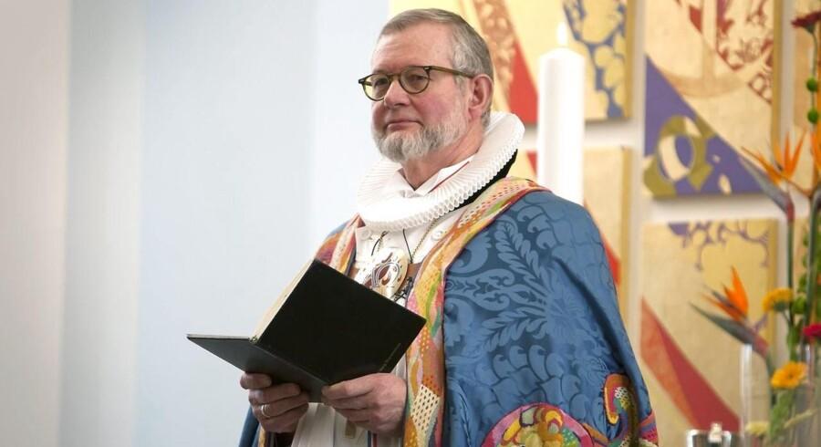 ARKIVFOTO 2011 af biskop Karsten Nissen.