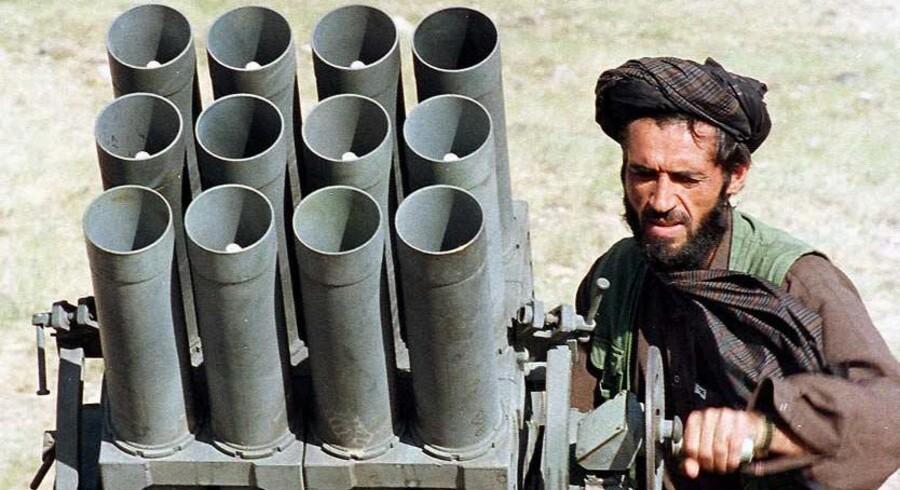 Mens Pakistan er begyndt at pågribe de pakistanske talebanere, som udgør en trussel mod den pakistanske stat, nægter landet at angribe de afghanske talebanere (foto), som den pakistanske hær senere kan bruge for at erobre magten i Afghanistan.