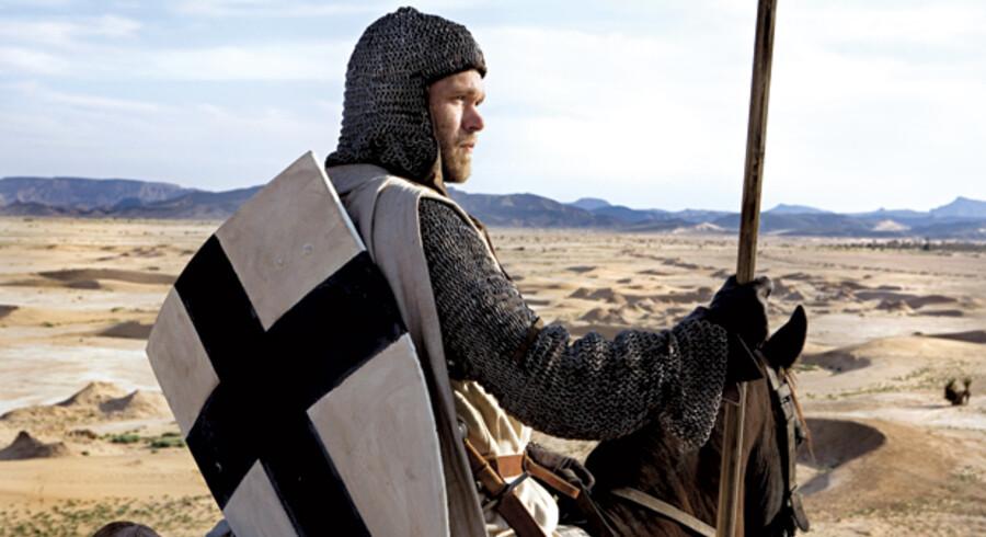 Unge Joakim Nätterqvist har den store rolle som Arn, der sendes på korstog.