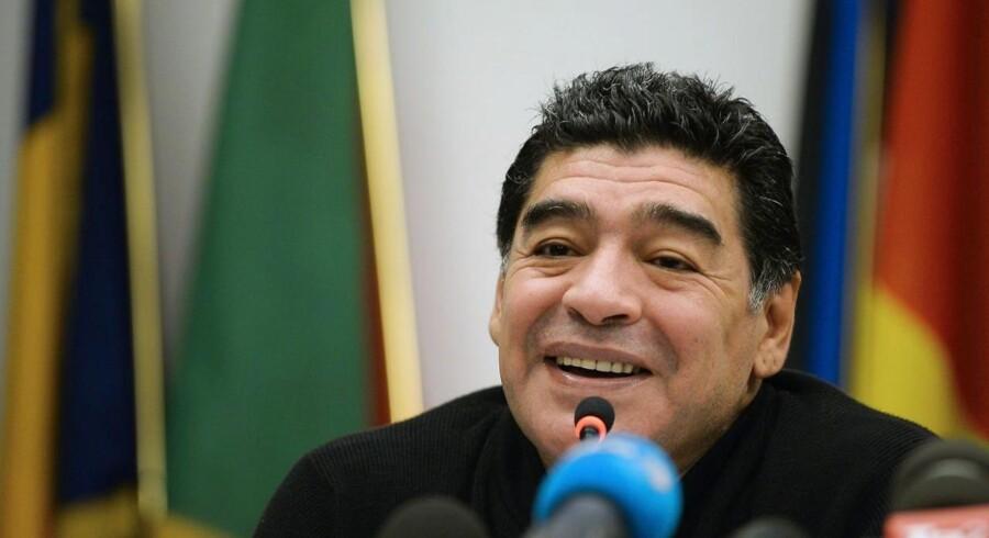 2014: Maradona seneste officielle optræden ved et pressemøde i EU-kontor i Rom. Maradona har en verserende skattesag mod de italienske myndigheder, stammende helt tilbage fra hans tid i Napoli.