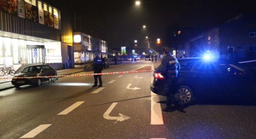 Politiet afspærrede området på Frederikssundsvej i den københavsnke bydel Husum efter det, der muligvis var en skud-episode.