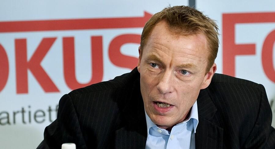 Tidligere medlem af Dansk folkeparti Christian H. Hansen meddeler på et pressemøde onsdag d.10.marts 2010, at han har stiftet et nyt parti kaldet Fokus. (Foto: Keld Navntoft/Scanpix 2010)