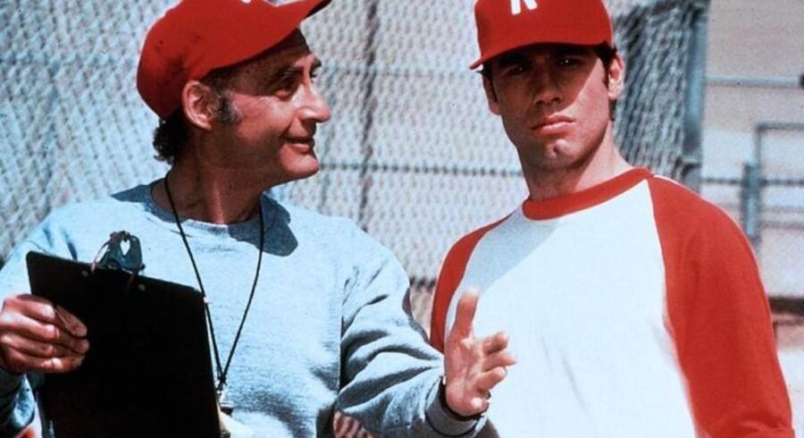 Her ses Sid Caesar sammen med John Travolta i filmen 'Grease'